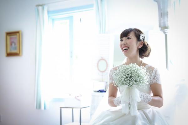 b855206b1f579  知って納得 少人数の結婚式と相性の良いウエディングドレスって?